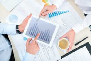10 Factors to Consider When Setting Your Law Firm Marketing Budget