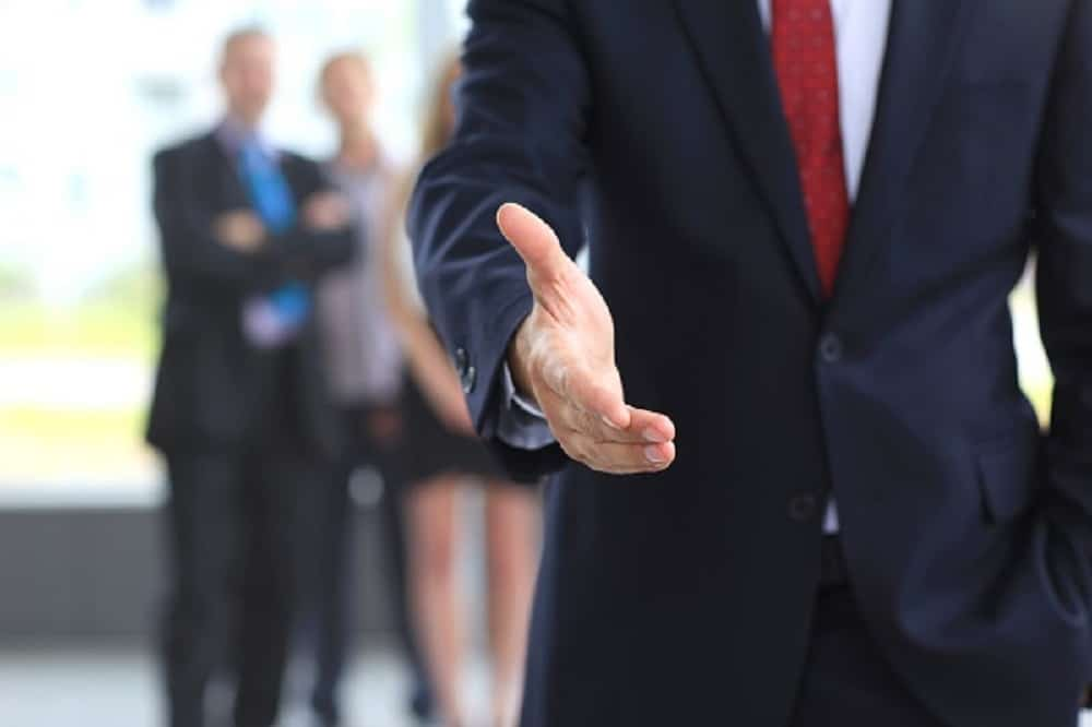 How to Close the Deal with Prospective Clients